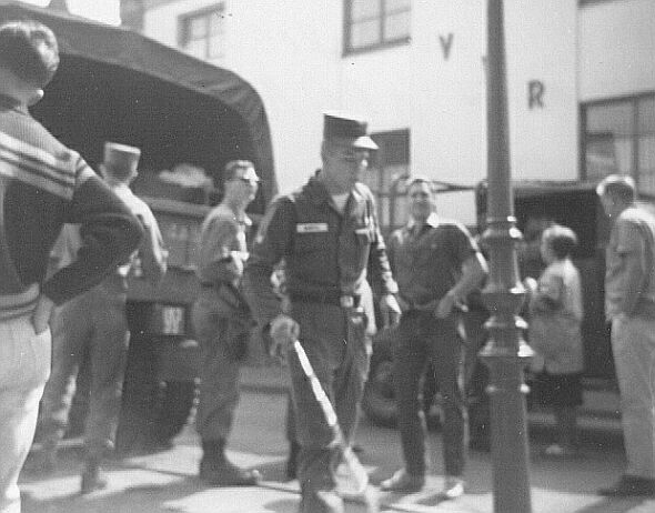 Sinzig (billeted in Remagen) crew loading up for the return move to Giebelstadt. Foreground-Gil Hetrick, Phil Bartig, Warren Abraham (had been at Ottobeuren). This move was approximatly May of 1964. Paul Marshall photo.